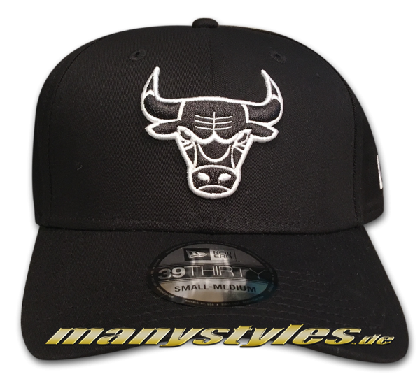 Chicago Bulls NBA 39THIRTY Cuved Visor Strech Flex Fit Cap Black White Monochrome von New Era