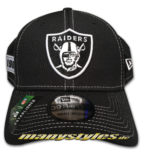 Oakland Raiders 39THIRTY NFL19 SL RD Pre-Curved 3930 Cap Black White Sideline 2019 von New Era