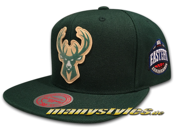 Milwaukee Bucks NBA HWC Eastern Conference Snapback Cap Silicon Grass Green von Mitchell and Ness