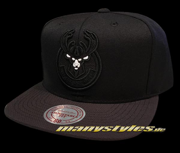 Milwaukee Bucks NBA Snapback Cap Full Dollar Black White von Mitchell and Ness