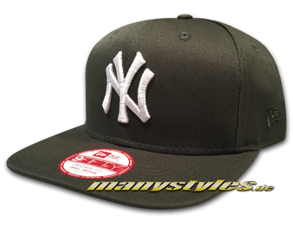 NY Yankees MLB League Essential 9FIFTY OF Snapback Cap Dark Green White von New Era