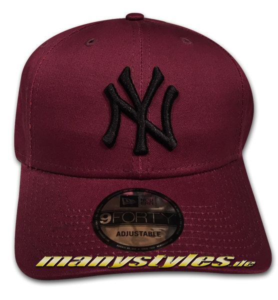 NY Yankees 9FORTY MLB League Essentials Curved Visor Adjuastable Cap Maroon Black von New Era