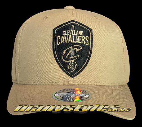 Curved Visor Cleveland Cavaliers NBA 110 FlexFit Snapback Cap Khaki Blackvon Mitchell and Ness