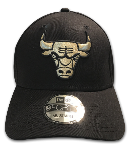 Chicago Bulls 9FORTY NBA The League Curved Visor Adjustable Cap Black Red Original Team  Frontside