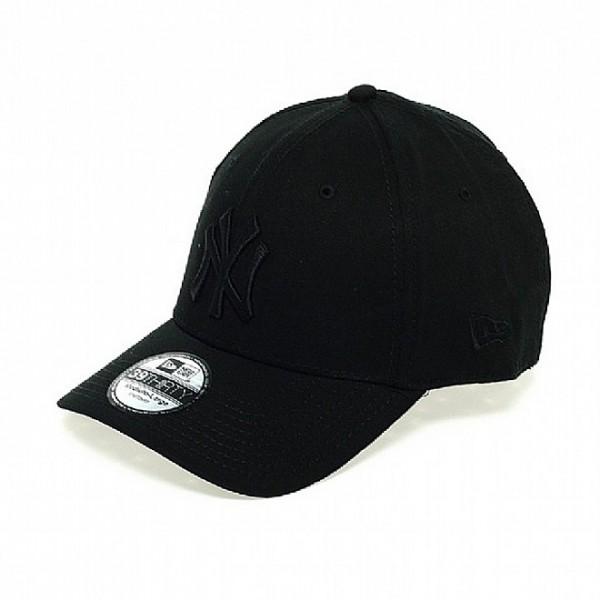 NY Yankees MLB 39THIRTY Stretch Flex Fit Curved Visor Cap Black on Black