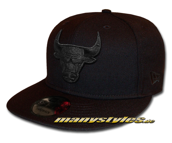 Chicago Bulls NBA 9FIFTY exclusive Snapback Cap Black on Black von New Era