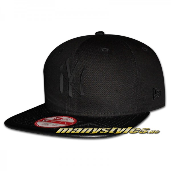 NY Yankees 59FIFTY MLB Snapback Rubber Prime Cap Black on Black