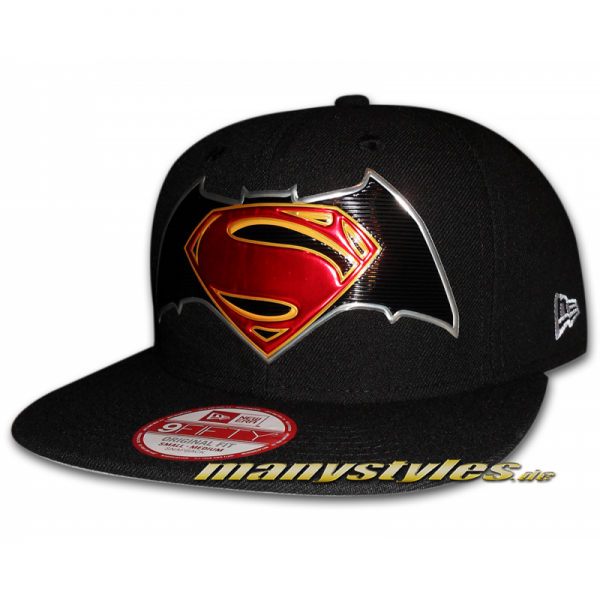 Batman vs Superman DC Comics Title Chrome 9FIFTY Snapback Cap